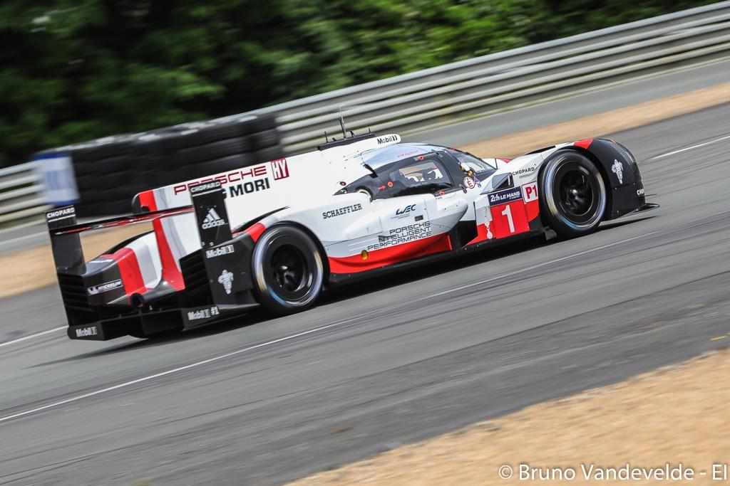 Porsche mène, Toyota maudit — Heures du Mans