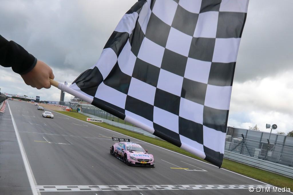 Nürburgring, libres 1 : Gary Paffett et les Mercedes-AMG en pointe