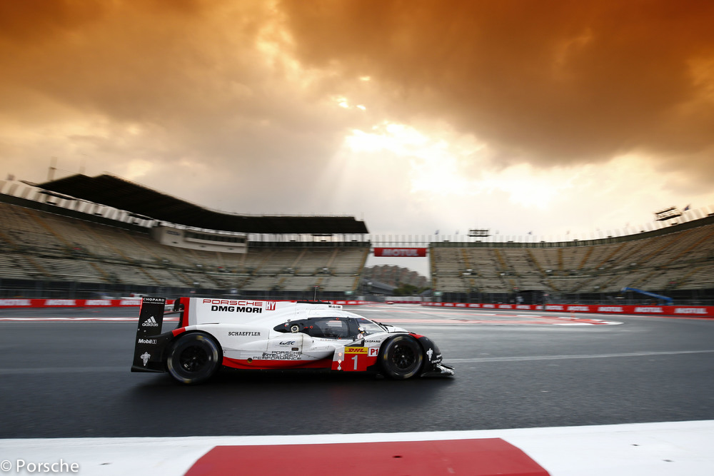 Doublé de Porsche — H de Mexico