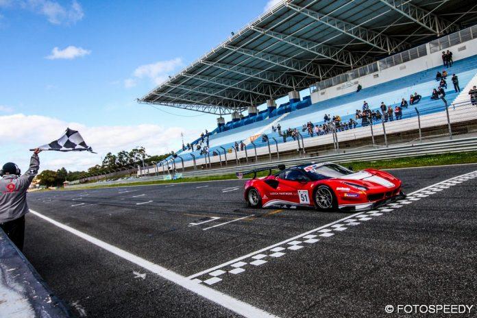 R1_Ferrari51-696x464.jpg