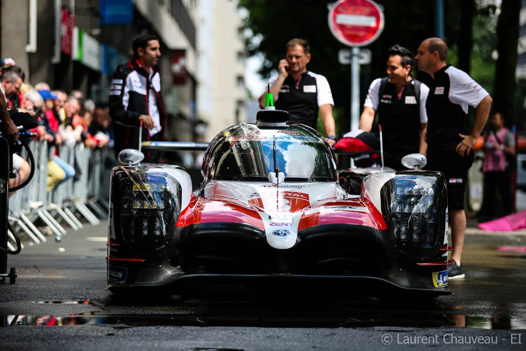 Toyota remporte les 24 Heures du Mans — Rapport