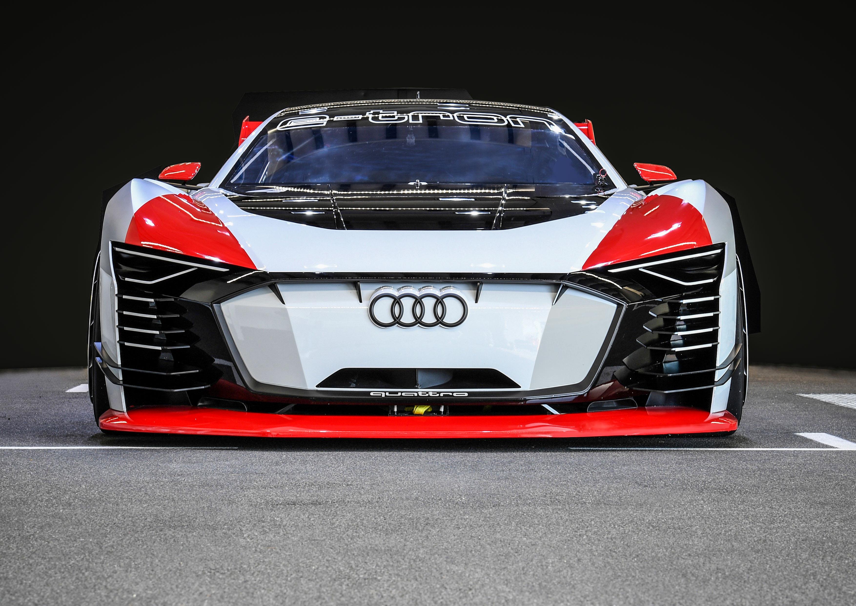 Mi-virtuel, mi-réel, le concept Audi e-Tron Vision Gran Turismo